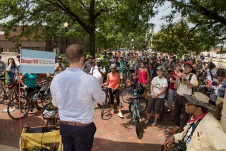On June 29, 2019, the Newberry and its project partners led a bike tour to visit the major sites of violence and resistance of the 1919 Chicago race riots. Here, the tour stops at the Chicago Stockyards, where racial tensions among black and white workers flared during the riots. This event was held as part of the Newberry's year-long event series Chicago 1919: Confronting the Race Riots.