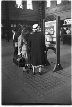 """Chicago, Union Station, In the Main Concourse, 1948,"" Newberry Library Granger 461."