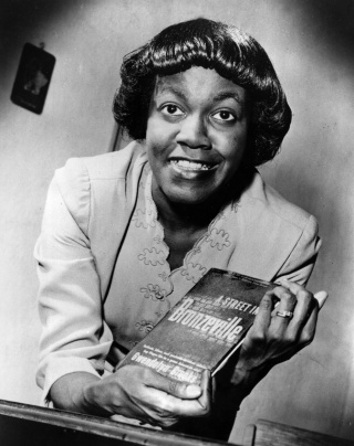 Gwendolyn Brooks in 1945
