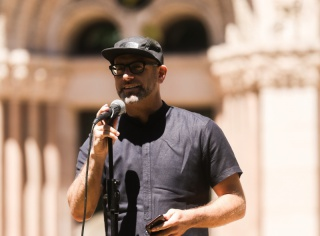 Kevin Coval accepting the 2017 John Peter Altgeld Freedom of Speech Award