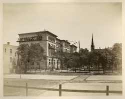 The Newberry Library building under construction, ca 1892